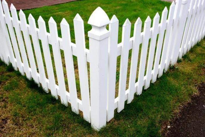 plastový plot